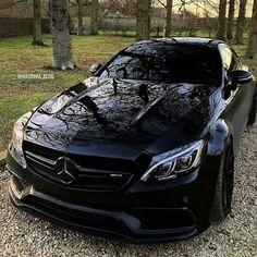 Carros Mercedes Benz, Mercedes Benz Cars, Ferrari Laferrari, Lamborghini Aventador, Sexy Cars, Hot Cars, Mercedez Benz, Amazing Cars, Cars And Motorcycles