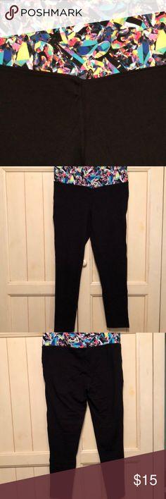 """Calf-length leggings-NWOT! Material Girl fold-over waist, capri length leggings, size XL, 27"""" inseam...NWOT! Material Girl Pants Leggings"""