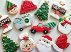🎄 🦌 ❤️ Who's cozying up to a fire place and popping in a Christmas movie tonight? 🙋🏼♀️ Let's get ready to get festive! Christmas Sugar Cookies, Christmas Sweets, Christmas Goodies, Holiday Cookies, Crazy Cookies, Tree Cookies, Santa Cookies, Yummy Cookies, Cookie Company