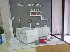 Bambinos - Vigo (Pontevedra), Exposición cuna Alondra Kurve y cómoda.