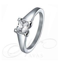 El solitario de diamantes SARA NAVARRO 7 es un bello solitario de compromiso fabricado en Oro de 18 quilates. El diseño sencillo, elegante y, a la vez diferente de la polifacética diseñadora SARA NAVARRO lo convierte en el anillo de pedida ideal. Siempre de alta calidad y al mejor precio del mercado. Engagement Rings, Jewels, Bride, Ideas, Model, Wedding Rings, Stud Earrings, Necklaces, Bangle Bracelets