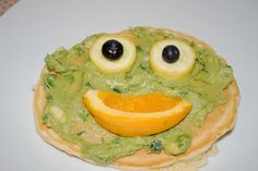 Pancake going to the spa Pancake Pictures, Pancake Face, Spa Day, Avocado Toast, Guacamole, Cool Kids, Blueberry, Sweet Tooth, Pancakes