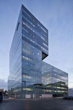 centro de odontologia... te pasaste!  Academic Centre for Dentistry / Benthem Crouwel Architekten