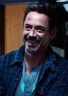 Maybe one of few times we may ever see him smile Tony Stark Gif, Marvel Tony Stark, Iron Man Tony Stark, Robert Downey Jr., Marvel Actors, Marvel Gif, Wattpad, Stan Lee, Tony Stank