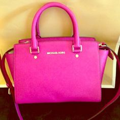 Michael kors Selma Excellent condition worn once comes with dust bag and strap Michael Kors Bags Satchels