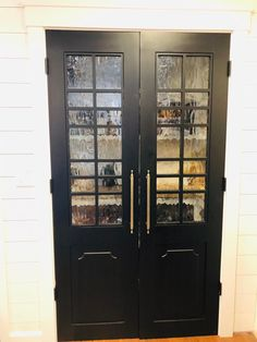 Painted Barn Door with Multiple Window Panes, and Widths and Custom Sizes, Made to Order Single Doors, Double Doors, Eastern Time Zone, New York City, Glass Pantry Door, Pantry Doors, Minimal House Design, Room Divider Doors, Paint Types