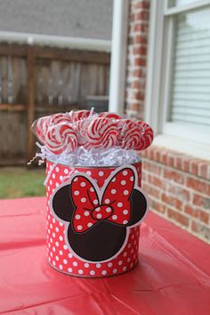 Lots of cute Mickey Mouse Party ideas