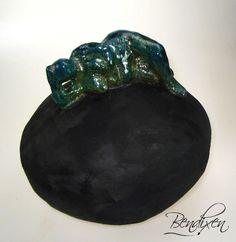 Keramik skulptur sælges via. Galleri Himmerland i Gatten ved års i Nordjylland.