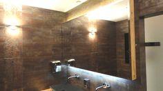 Znalezione obrazy dla zapytania lustro na scianie podswietlane salon