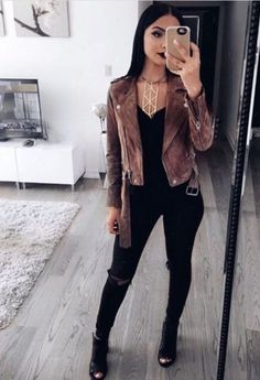 e7ac5424ff926 25 Winter Date Night Outfits To Copy Right Now