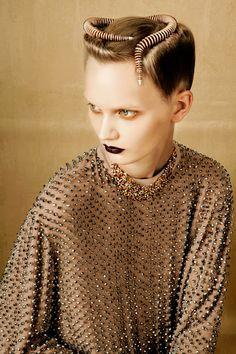 Artistically Relevant: BOLD & GOLD by Oskar Cecere for Vogue Italia