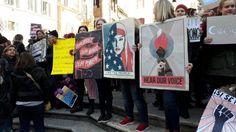 Insediamento Trump, le donne americane manifestano a Roma