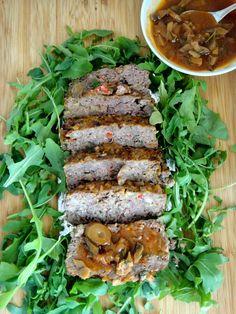 RAPA TACHOS: Bolo de carne com molho de cogumelos