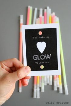 Creative Valentine's Day Ideas! These cute and simple crafts are perfect for the classroom or home!  - Kreative in Life
