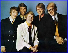 Hermans Hermits - I loved Keith Hopwood on the left) Soul Music, My Music, Herman's Hermits, The O'jays, Number One Song, Beastie Boys, Miles Davis, British Invasion, Film Music Books