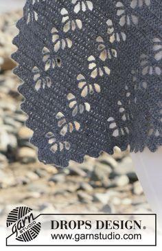 Ravelry: Wave Whisperer pattern by DROPS design Granny Square Häkelanleitung, Granny Square Crochet Pattern, Crochet Diagram, Crochet Motif, Crochet Shawl, Crochet Flowers, Crochet Lace, Crochet Stitches, Crochet Hooks
