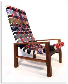 sillón hecho con corbatas reutilizadas chair ties made with reused