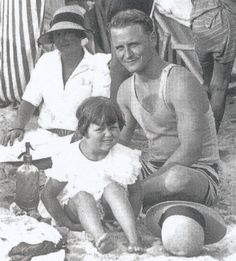F. Scott, Scottie and Zelda Fitzgerald - 1926 - On the beach near Villa St. Louis ❤❦♪♫