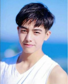 Male Face Shapes, Korean Men Hairstyle, Song Wei Long, Asian Haircut, Cute Korean Boys, Mens Hair Trends, Popular Hairstyles, Meme Faces, Ulzzang Girl