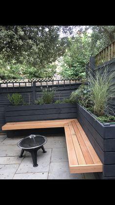 Corner Garden Seating, Outdoor Corner Bench, Backyard Seating, Garden Bench Seat, Backyard Patio, Backyard Landscaping, Garden Seating Areas, Corner Patio Ideas, Deck Bench Seating
