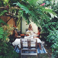 Such a cute back yard idea