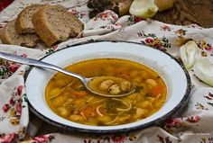 Bors de fasole Jacque Pepin, Romanian Food, Chana Masala, Supe, Deserts, Ethnic Recipes, Drinks, Recipes, Eten