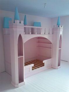 Lit Château de princesse en bois – Cabane enfant sur mesure (Nord)