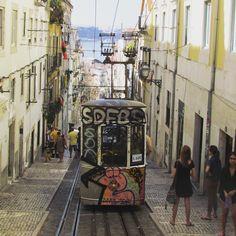 Instantes del verano #lisboa #LaIsla #verano #vacaciones #barrioalto