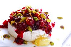 Cranberry Pistachio Baked Brie Recipe   gimmesomeoven.com
