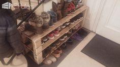 Easy, Handy Pallet Shoe Rack/Etagère à Chaussures Pallet Shelves & Pallet Coat Hangers