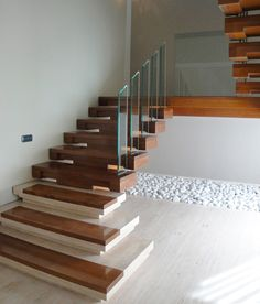 decoracion rustico escalera barandillas peldaos madera vidrio