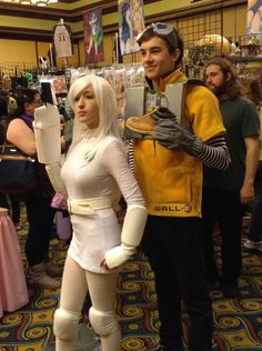 Humanized WallE and Eve Cosplay by stormx6 on DeviantArt