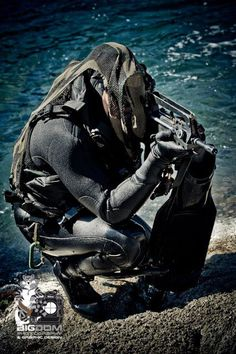 French Foreign legion 2e REP combat divers, training in Corsica.