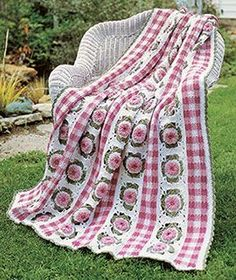 Gingham Garden, part of Crochet World's FREE Afghan of the Month. Get the download here: http://www.crochet-world.com/scrap_project.php?fcebkcw
