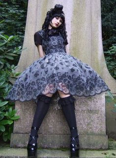 This dress is beyond gorgeous! ;A;