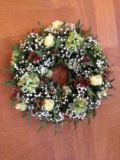 Ajour Wreath
