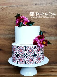 These Icing Sheet Wraps are easy to use, you simply wrap it around your cake to give that special touch to your creation. Add this fabulous burgundy tile pattern on cakes or any sweet treats. Perfect for a birthday party or a special occasion. Caking It Up, Round Cakes, Tile Patterns, Food Coloring, A4, Icing, Cake Decorating, Special Occasion, Sweet Treats