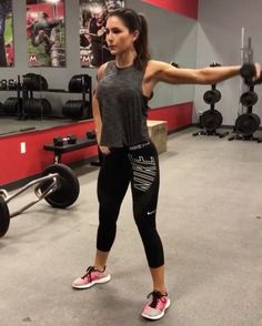 Add me @ all my workouts are snapped-You won't regret the add☺️ - Dumbbell Dynamite! By 10 reps each arm 15 reps each 10 each arm 20 reps 12 reps each side 3 ROUNDS! Extreme Fitness, Personal Fitness, Style Fitness, Yoga Fitness, Muscle Fitness, Workout Fitness, Entraînement Boot Camp, Alexia Clark, Modelos Fitness