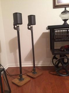 Industrial pipe speaker stands for surround sound systems. Only basic assembly will be required in order to make shipping easier. Most of the speaker wire can be easily hidden… Homemade Speakers, Diy Speakers, Speaker Wire, Sonos Speaker Stand, Surround Sound Speaker Stands, Surround Speakers, Industrial Pipe, Vintage Industrial, Industrial Style