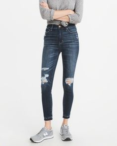 A&F Women's High-Rise Ankle Jeans in RIPPED Blue - Size 28L