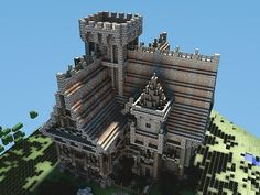 Minecraft medieval castle - Beautiful shading / texturing using different materials.