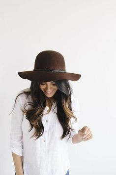 Floppy hat is a must for any lady! Just a few loose curls and that rat's nest looks polished as the good silverware. #HatsForWomenFloppy