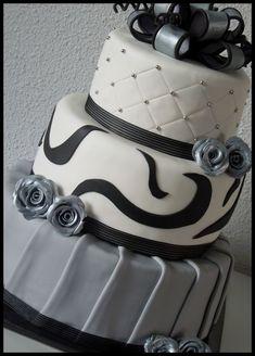 Zwart, grijs, wit bruidstaart