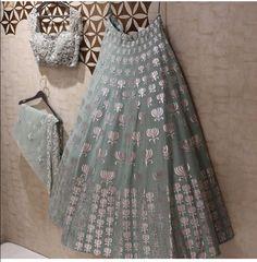 Lehnga designs - Exalted Plus Size Womens Fashion Curvy Fashionista Ideas Indian Attire, Indian Ethnic Wear, Indian Wedding Outfits, Indian Outfits, Pakistani Dresses, Indian Dresses, Indian Lehenga, Blue Lehenga, Sabhyasachi Lehenga