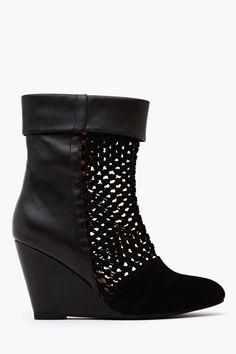 Ashia Wedge Boot in Black