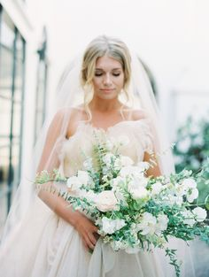 Organic wedding bouquet: How to Infuse Your Wedding Day with the Most Romantic Details