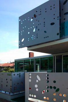 Facade made in Compact Exterior Grade HPL - Brown Core | Compact Form