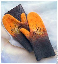 Купить или заказать Варежки валяные ОРАНЖЕВЫЙ ВЕЧЕР в интернет магазине на Ярмарке Мастеров. С доставкой по России и СНГ. Материалы: шерсть, шерсть 100%, шерсть меринос. Размер: обхват руки 20 см Cotton Gloves, Wool Gloves, Nuno Felting, Needle Felting, Yellow Accessories, Felt Purse, Textiles, Fingerless Mittens, Felting Tutorials