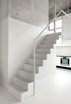 White Decorating Ideas for Fresh Room Construction: Concrete Staircase Design Idea Applied In Loft Apartment Interior Design Finished With B. Interior Stairs, Apartment Interior, Interior Architecture, Micro Apartment, Concrete Staircase, Staircase Design, Staircase Ideas, White Staircase, Concrete Ceiling