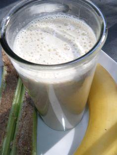 Raederle: Almond Butter & Celery Smoothie | Raederle's Raw Recipe